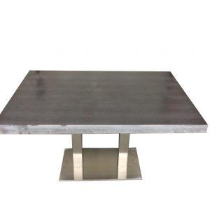 Betonlook tafel met RVS onderstel